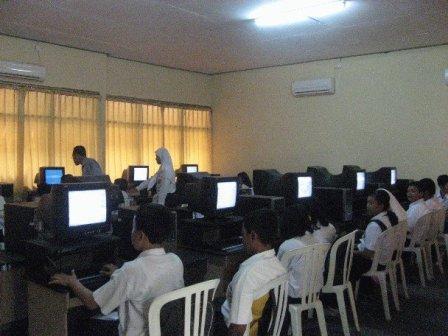 Laboratorium Komputasi SMP Negeri 2 Surabaya